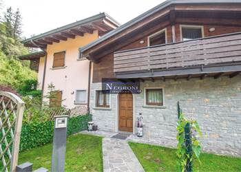 Terraced house for Sale in Onore